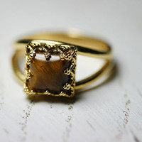 Square 14K gold filled ring with faceted gemstone tiger eye. Square ring. Tiger eye ring. Gemstone ring. Brown ring. Faceted tiger eye ring.