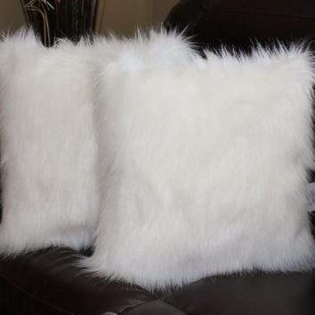 Faux Fur Pillow Cover Arctic Fox White 18 x 18 in - Set of 2
