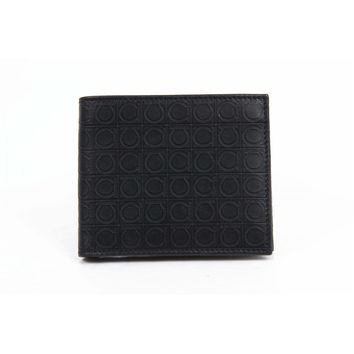 Salvatore Ferragamo Mens Wallet 669407 0568274