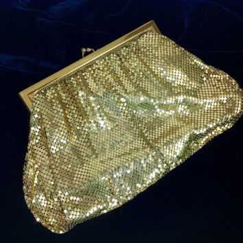 Whiting & Davis Mesh Purse / Gold Evening Bag / Metallic Clutch / Retro Evening Purse / Holoday Party Bag / Formal New Years Eve Purse