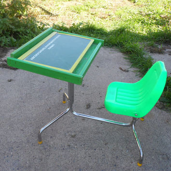 Playskool Desk/Children's Desk/Vintage Playskool/School Desk/Chalkboard/Magnetic Board/Children's Chair