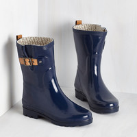 Puddle it Be? Rain Boot in Navy | Mod Retro Vintage Boots | ModCloth.com