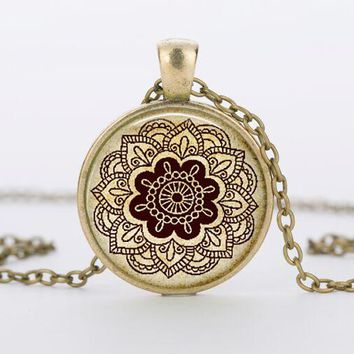 SUTEYI 2017 vintage flower mandala necklace charms glass dome yoga pendant henna tattoo necklaces men women gift jewelry