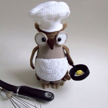 Crochet Amigurumi Owl / Crochet Bird / Kitchen Decor / Knick Knack / Collectible Crochet / Stuffed Animal