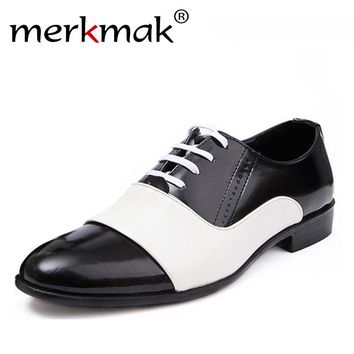 2018 New Spring Autumn Fashion Men Shoes Patent Leather Men Dress Shoes White Black Male Soft Leather Wedding Party Oxford Shoes