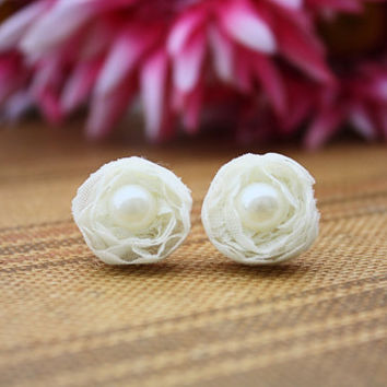 Ivory Shabby Chic Flower with Pearl Vintage Inspired Earrings