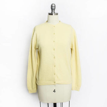 Vintage 1950s Cardigan - Light Yellow Fitted Sweater Wool / Angora / Mink 50s - Medium / Small
