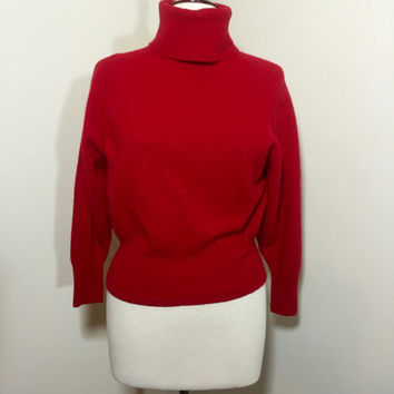 Vinage 1970s Red Turtleneck Crop Sweater