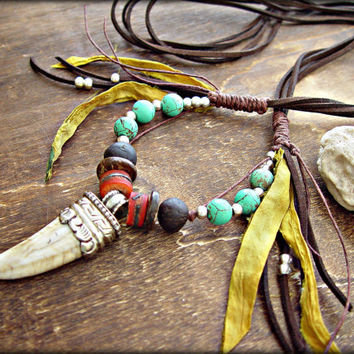 Boho Hippie Necklace - Boho Jewelry - Tribal Necklace - Tibetan Necklace - Conch Shell Necklace - Tibetan Horn Necklace - Gypsy Necklace