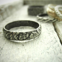 Classic Vine Pattern Ring w Secret Message by palefishny on Etsy