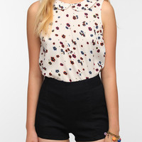 Urban Outfitters - Cooperative Peter Pan Collar Sleeveless Blouse