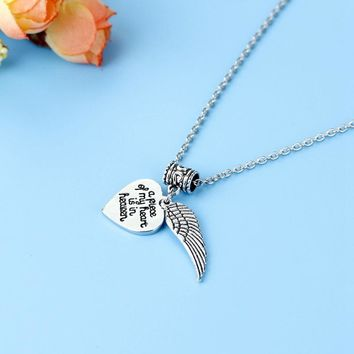 New Style 1Pc A Piece Of My Heart Lives In Heaven Memorial Necklace, Angel Wing Pendant Necklace Loss Of Loved One Gift
