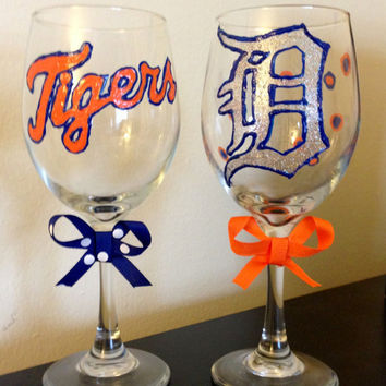 Detroit Tigers Wine Glasses