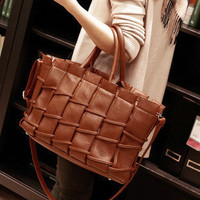 Winter Vintage Ruffle One Shoulder Bags Fashion Tote Bag [6582162887]