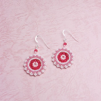 Beaded Circle Spring Earrings with Plaited Herringbone Stitch,  Indian Pink, 211-1ear-indpnk