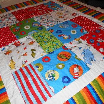 NEW Quilt Baby CAT in the HAT Dr Seuss 40 x 47 inches