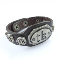 Fashion Punk  Adjustable Leather Wristband Cuff Bracelet - Great for Men, Women, Teens, Boys, Girls 2731s