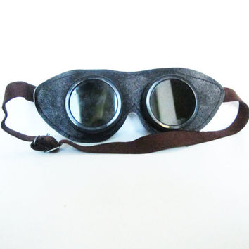 Funky VINTAGE GLASSES/GOGGLES. Use for anything you can imagine, mixed media, assemblage, home decor, steampunk...