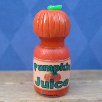 Miniature Bottle of Pumpkin Juice inspired by Harry Potter by LittleWooStudio