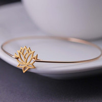 Gold Lotus Jewelry Lotus Flower Bangle Bracelet by georgiedesigns