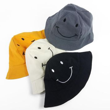 2018 Lovely Smile Face Baby Bucket Hat Cotton Summer Hats Caps Baby Casual Visor Sun Hat Kids Travel Beach Unisex Panama Caps