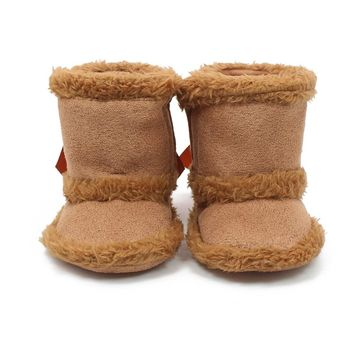 2017 New Winter Baby Boots Fluffy Keep Warmly Baby Boots Handmade High Quality Slip-On Soft Cotton Sole Newborn Baby Boots