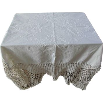 Linen Hand Embroidered Vintage Tablecloth with Crochet Edge
