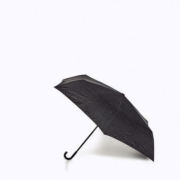 POLKA DOT FOLDABLE UMBRELLA DETAILS
