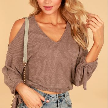 Ribbed Cold Shoulder Top Mocha