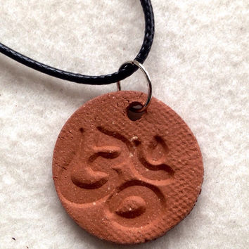 Aromatherapy Essential Oils Om Namaste symbol diffuser necklace 1 1/4 inch round red clay disc yoga gift  1/2 cm opening