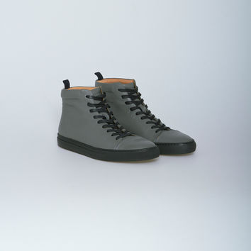 Nahariya Trainer 4 Sneaker in Charcoal