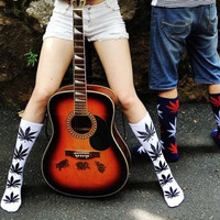 New Plantlife Marijuana Weed Leaf Cotton High Socks Ankles Men & Women = 1929669636
