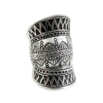On *SALE* Ethnic Tribal Silver Ring,Wide Band Sterling Silver Ring,Boho Ring,Gypsy Silver ring,Cuff/Thumb ring,Geometric Engraving,Handmade