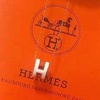 Hermes sells casual ladies letter chain necklaces
