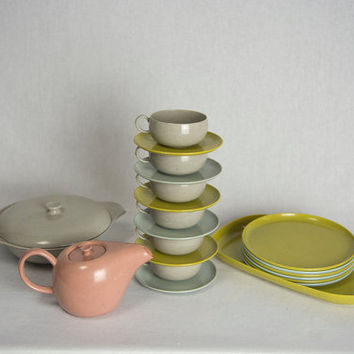 Vintage Russel Wright Ideal Toys Dish Tea Set 23 pcs