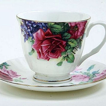 Red English Rose Bone China Tea Cup (Teacup) and Saucer