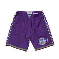 Mitchell & Ness 1995 All Star East Swingman Shorts in Purple