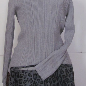 Liz Claiborne Classic Grey Ribbed Turtleneck Sweater Women sz S Minimalist Sweater