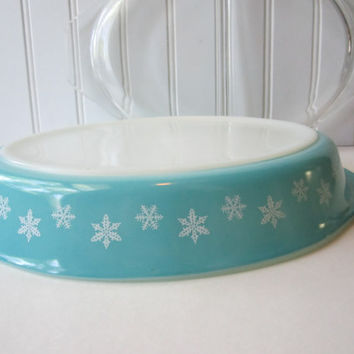 Vintage Pyrex Snowflake Aqua White Divided Casserole with Lid