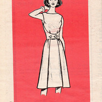 Retro Style Walkaway Walkabout Wrap Apron Dress Mail Order Sewing Pattern Marian Martin 9129 Size 12 Bust 34 Uncut FF
