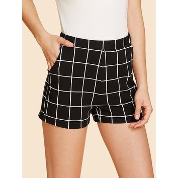 Elastic Waist Grid Shorts Black