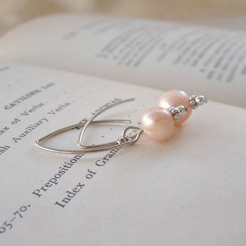 Peach Freshwater Pearl Dangle Earrings in Silver - Handmade Earrings - Wedding Jewelry - Bridesmaid Gift - Ready to Ship