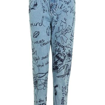 MOTO Graffiti Print Mom Jeans