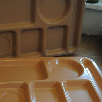 Vintage Lunch Trays Set of 2/Monitor Tray/Don Tray/Vintage Plastic Lunch Trays