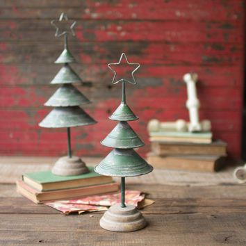 Distressed Green Christmas Trees (Set of 2)