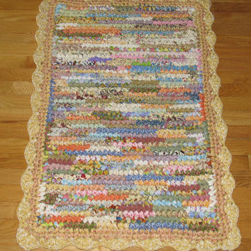 "Rectangular Rag Rug / Odds and Ends with Shades of Yellow Boarder / Scalloped Edging 41"" x 27"""