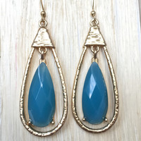 Pendulum Teardrop Earrings In Blue