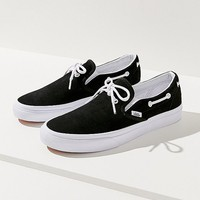 Vans Lacey 72 Slip-on Sneaker | Urban Outfitters