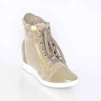 Sophisticated Edge Sneaker - Flats - Shoes