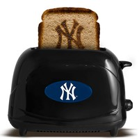New York Yankees ProToast Elite 2-Slice Toaster (Ynk Team)